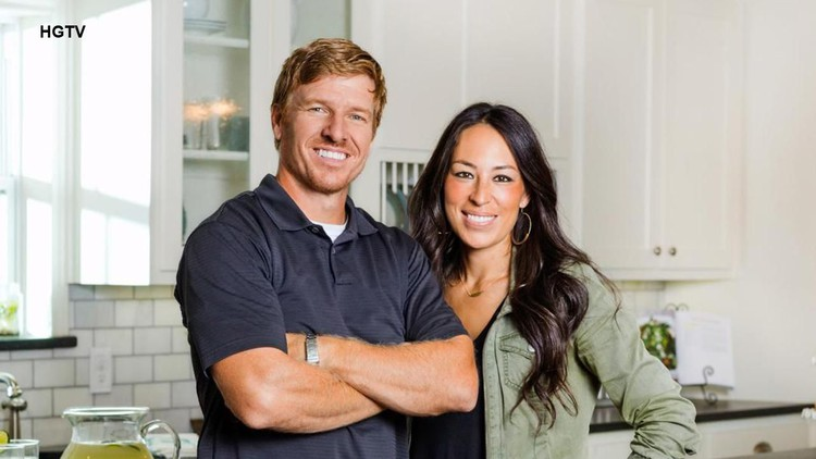 39 fixer upper 39 s 39 chip gaines sued by former business partners for fraud. Black Bedroom Furniture Sets. Home Design Ideas