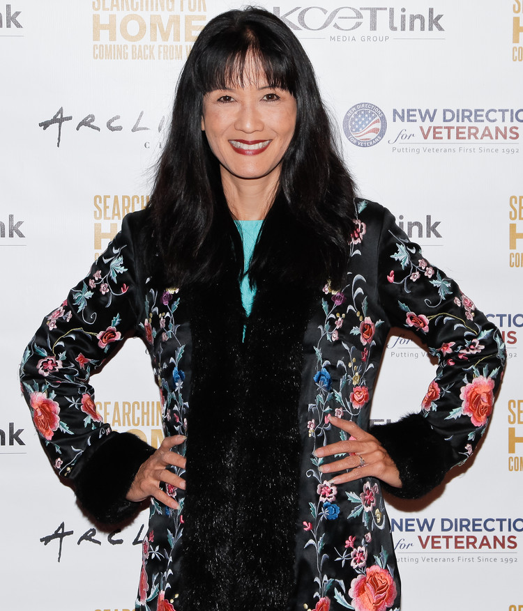 'House Hunters' host Suzanne Whang dead at 56 after 13-year cancer battle