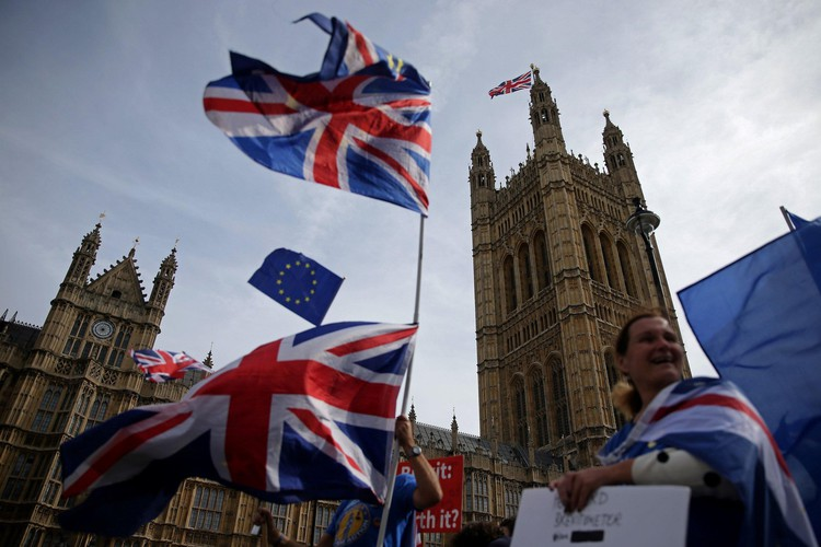 In January 2019 Britain will officially switch from a pro-Brexit to an anti-Brexit country, and this is how we know — The Independent