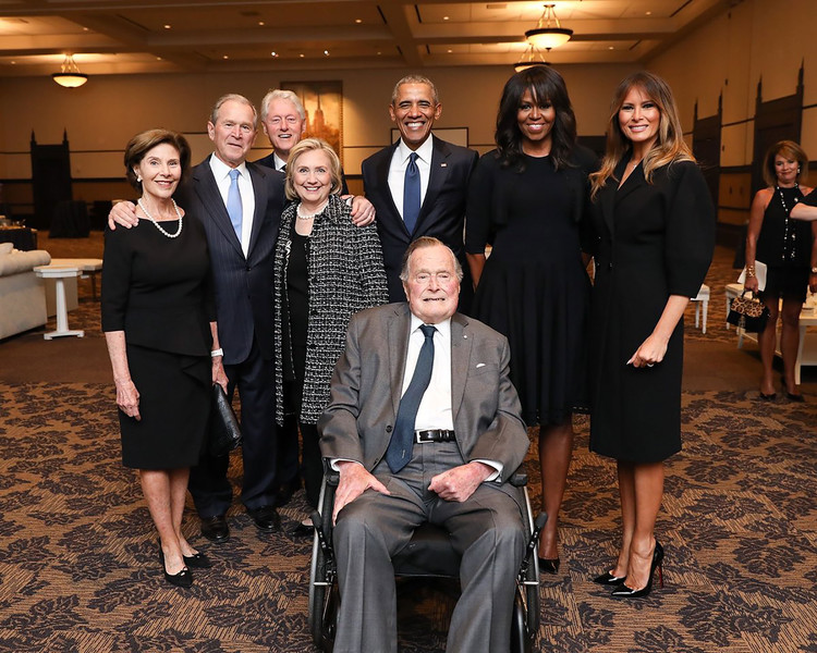 Melania Trump Smiles as She Poses with Hillary Clinton and the Obamas at Barbara Bush's Funeral — People