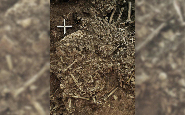 Unknown strain of plague found in ancient tomb — CBS News