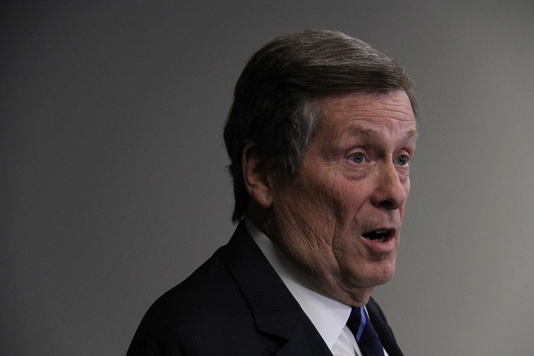Mayor John Tory enlists major institutions in emissions plan as Toronto declares 'climate emergency'