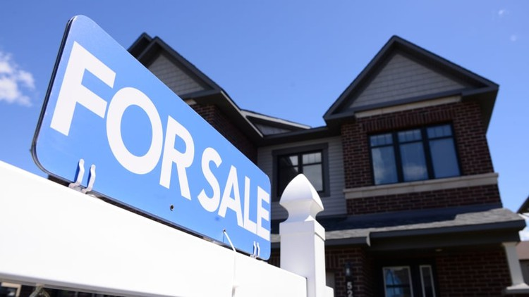 Swiss bank UBS says Toronto has 3rd biggest housing bubble in the world — CBC News