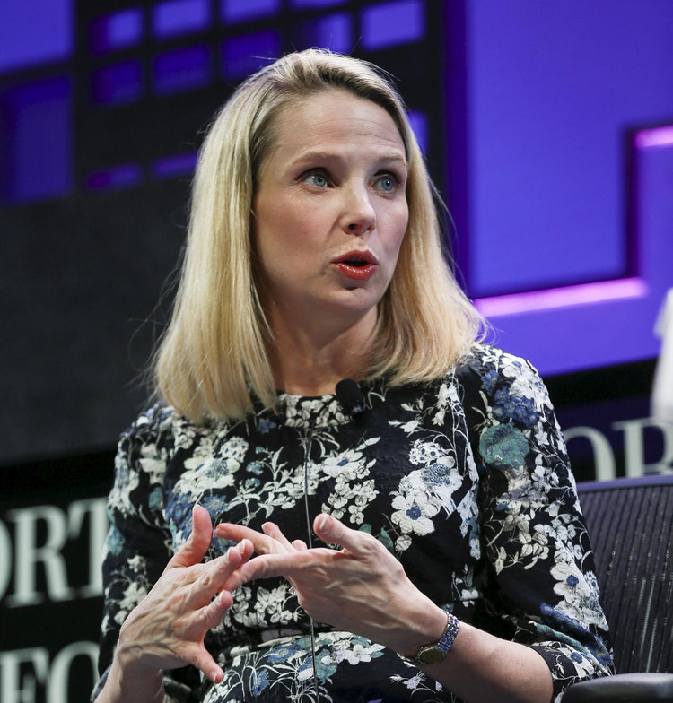 Marissa Mayer to exit Yahoo with $186 million payout — CBS News